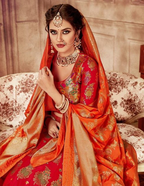 lehengas+with+jewellery